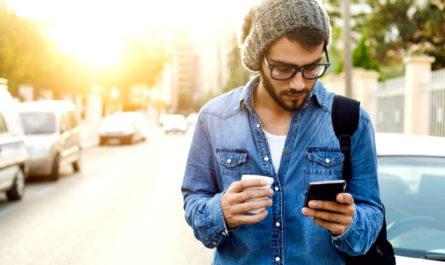 путешествовать со смартфоном